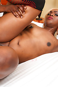 Gorgeous Takila is a sexy tgirl with a smoking hot body, a nice cock and a superb ass. See this sexy